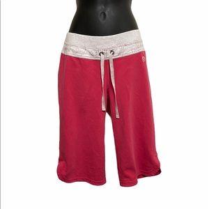 Lululemon pink cropped pants